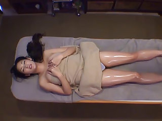 Japanese fem touch massage