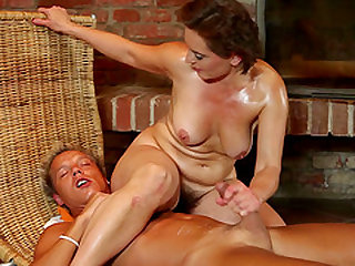 Astounding reverse cowgirl ride with a chubby honey Dominika