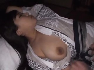 Waking Up an Asian MILF For Sex In POV Vid