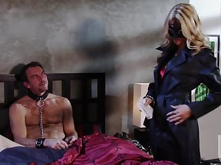 Blonde Bondage Slut Jessica Drake Has Fun With a Submissive Male
